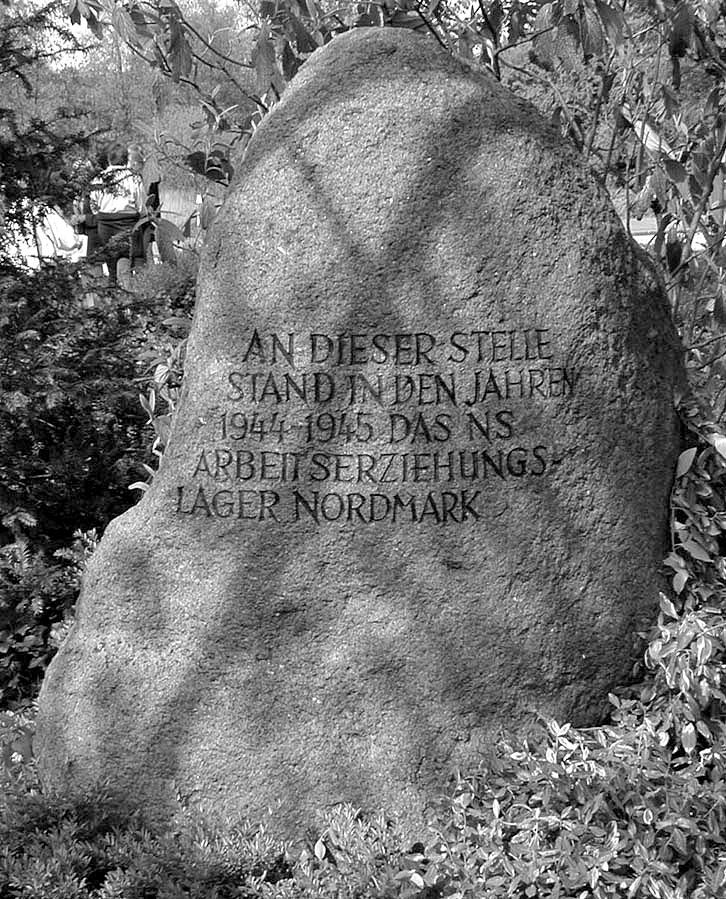 Gedenkstein 1971 (Abb. 1)